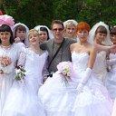 Парад невест в день города Сысерть 12 июня 2011 года