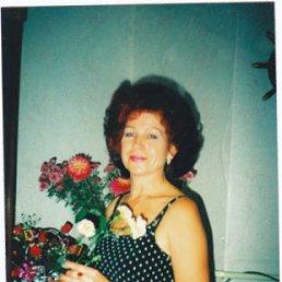 Наталья, 64 года, Артем