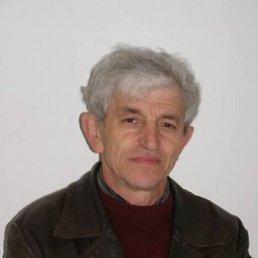 Игорь, 67 лет, Глухов