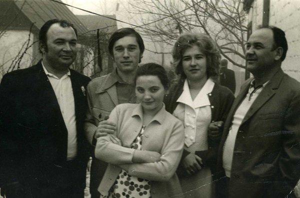 Фото - Моя семья: : моя мама посередине - °•у меня своя сказка•, Шахтерск