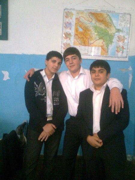 Школьное фото: Bнук тети. - Sevqi bakinka, 31 год, Баку
