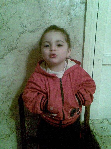 Стильное фото: Какое это счастье, что у меня есть дочка, красивые глаза и пухленькие щечки, веселая улыбка и звонкий детский смех и этот человечек дороже в мире всех!!! - °•AngeL•°, Баку