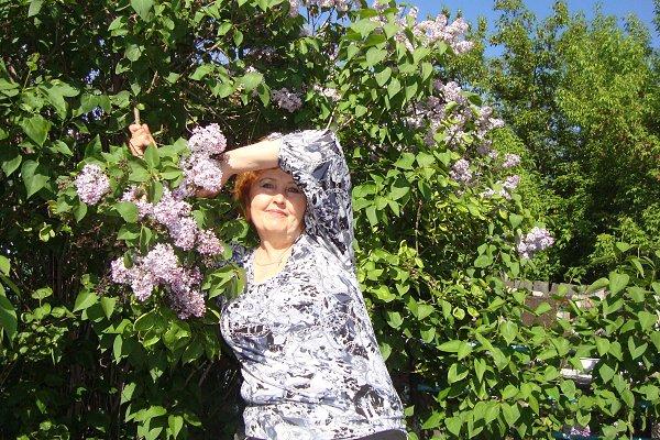 Фото в парке: сирень - Светл@на Матвеева, 59 лет, Гродно