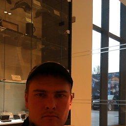 александр, 32 года, Москва