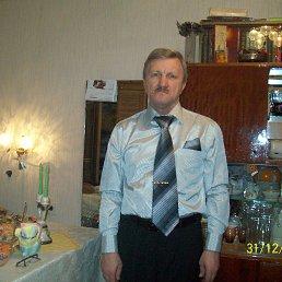 Андрей, 56 лет, Энгельс