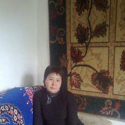 Паризат, Алматы, 44 года