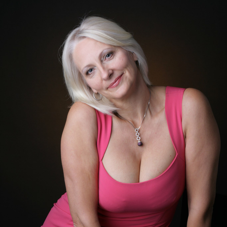 Dating mature women alice springs