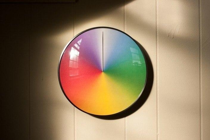 Настенные часы ThePresent, делающие полный оборот за 365 дней.#вещи@yakor.blog - 4