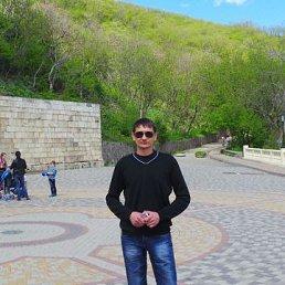 Виктор, 44 года, Красногвардейское