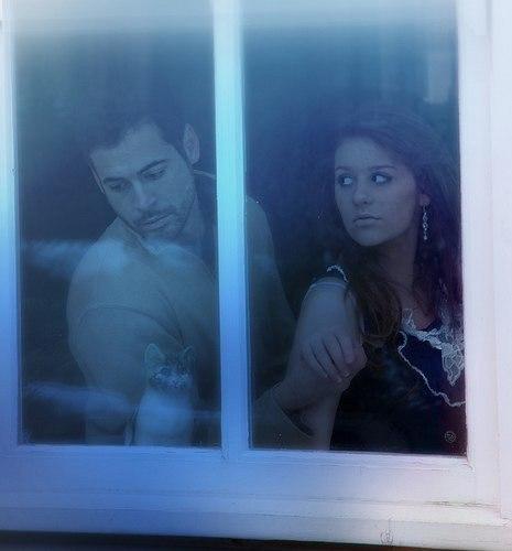 лени фото в одно окно смотрели двое него вышлем письмо