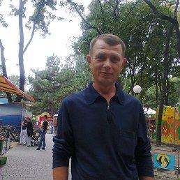 Алексей, 49 лет, Беляевка