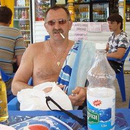 олег, 57 лет, Невель
