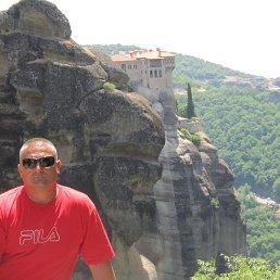 Александр, 52 года, Тячев