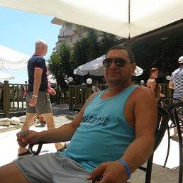 ВАЛЕРИЙ, 57 лет, Бровары