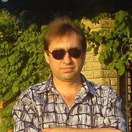 Vladimir, 52 года, Новоазовск
