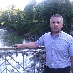 Роман, 37 лет, Надворная