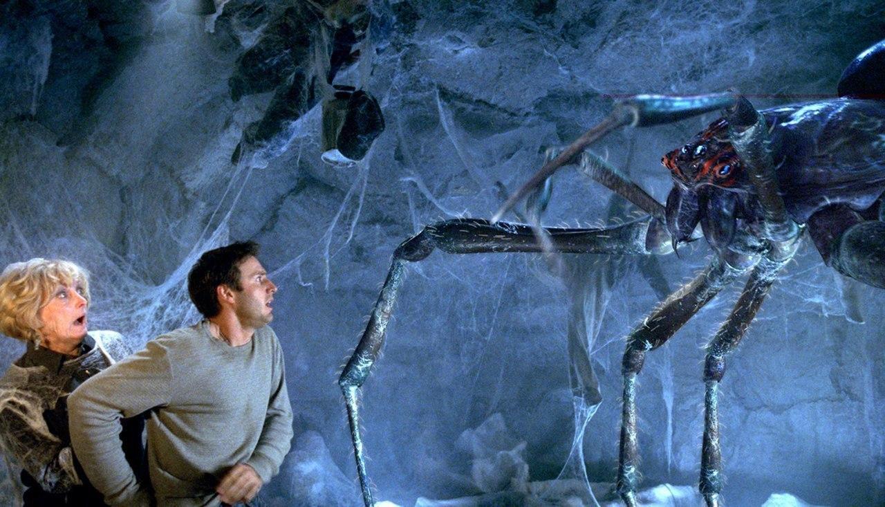 Атака пауков (2002).Жанр: ужасы, фантастика, боевик С грузовика, везущего опасные химические ... - 3