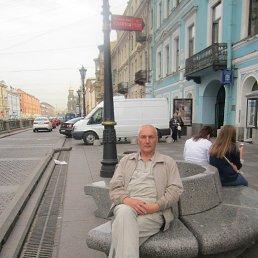 Виктор, 59 лет, Мезень