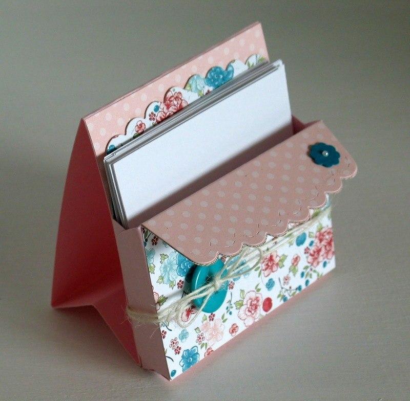 для хранения открыток из бумаги