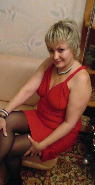 Ищу пожилую женщину для секса в киришах, секс у барной стойки на кресле