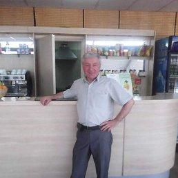 Олег, 59 лет, Королев