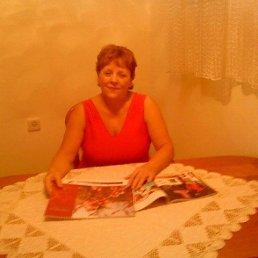 Валентина, 66 лет, Красный Луч