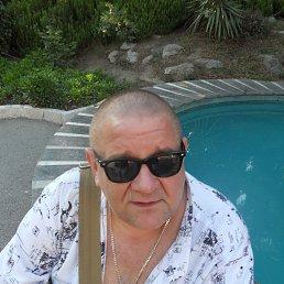 Дмитрий, 60 лет, Ялта