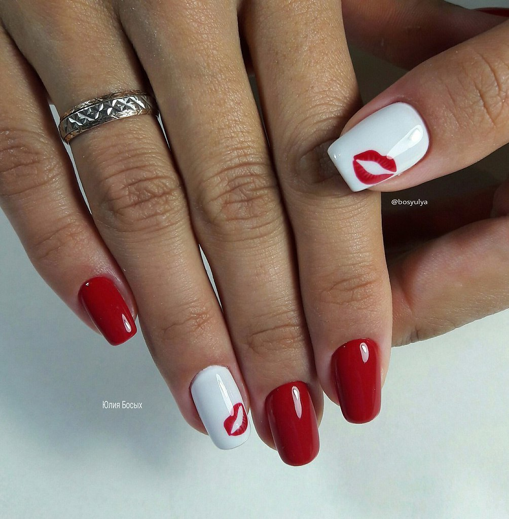 Ногти красно белого цвета фото