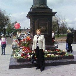 Ольга, 64 года, Луга