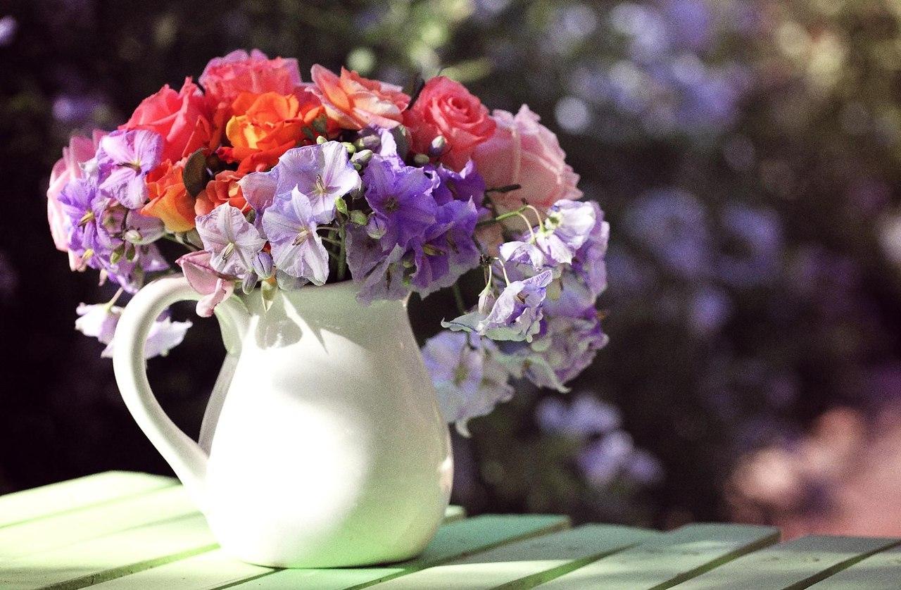 фото цветов букетов в кувшине один глаз