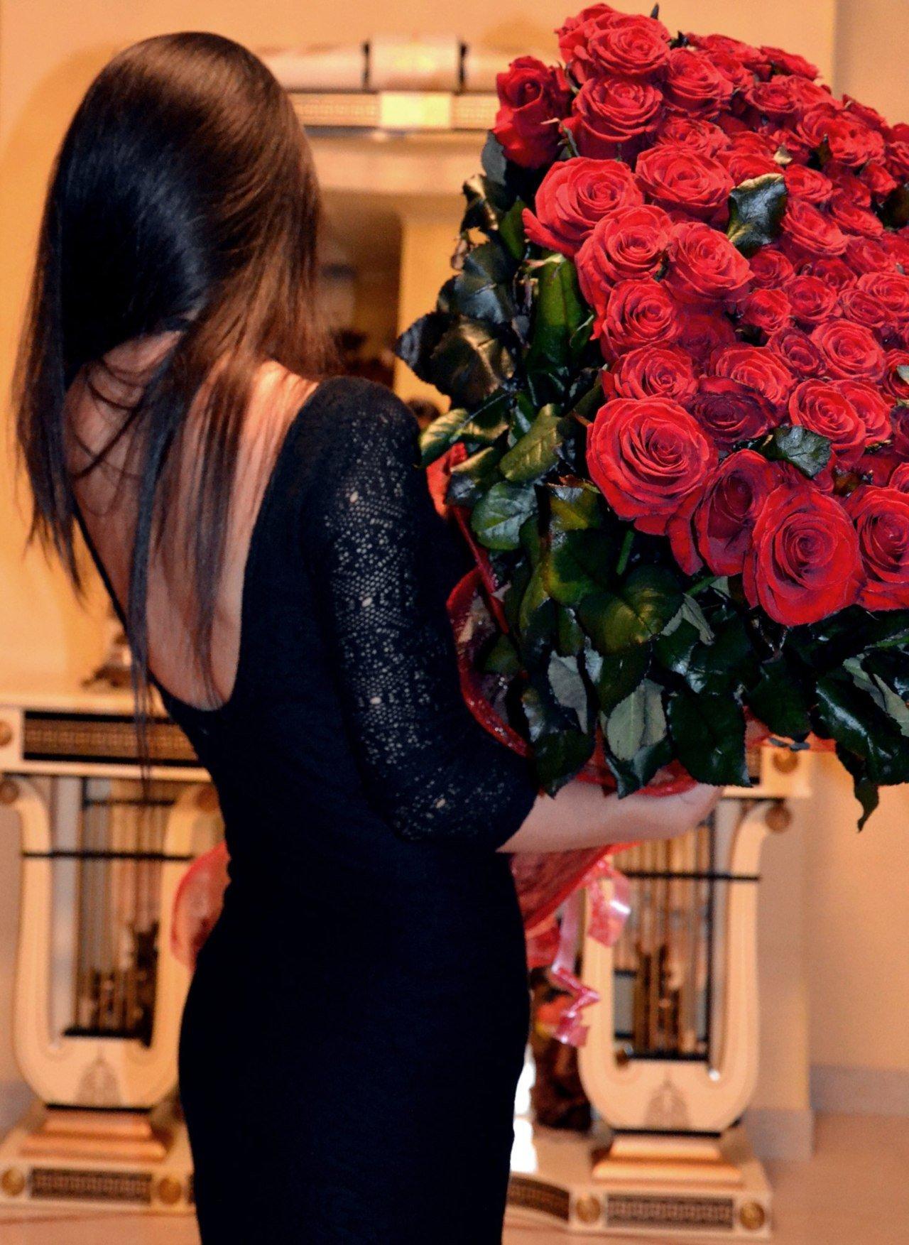Фото девушки спиной (23 фото) - Aisha, 35 лет, Алматы