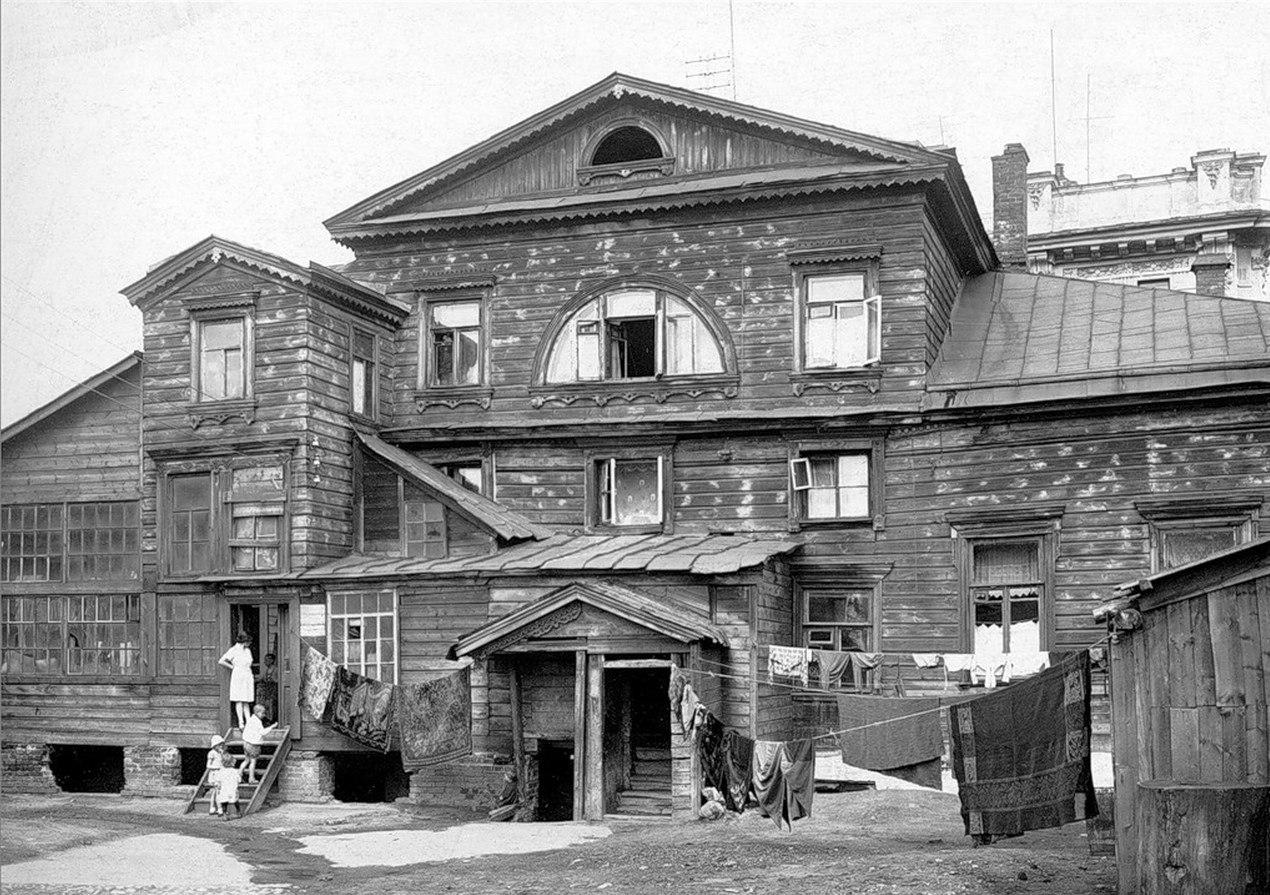 картинки старые деревянные дома москвы войска
