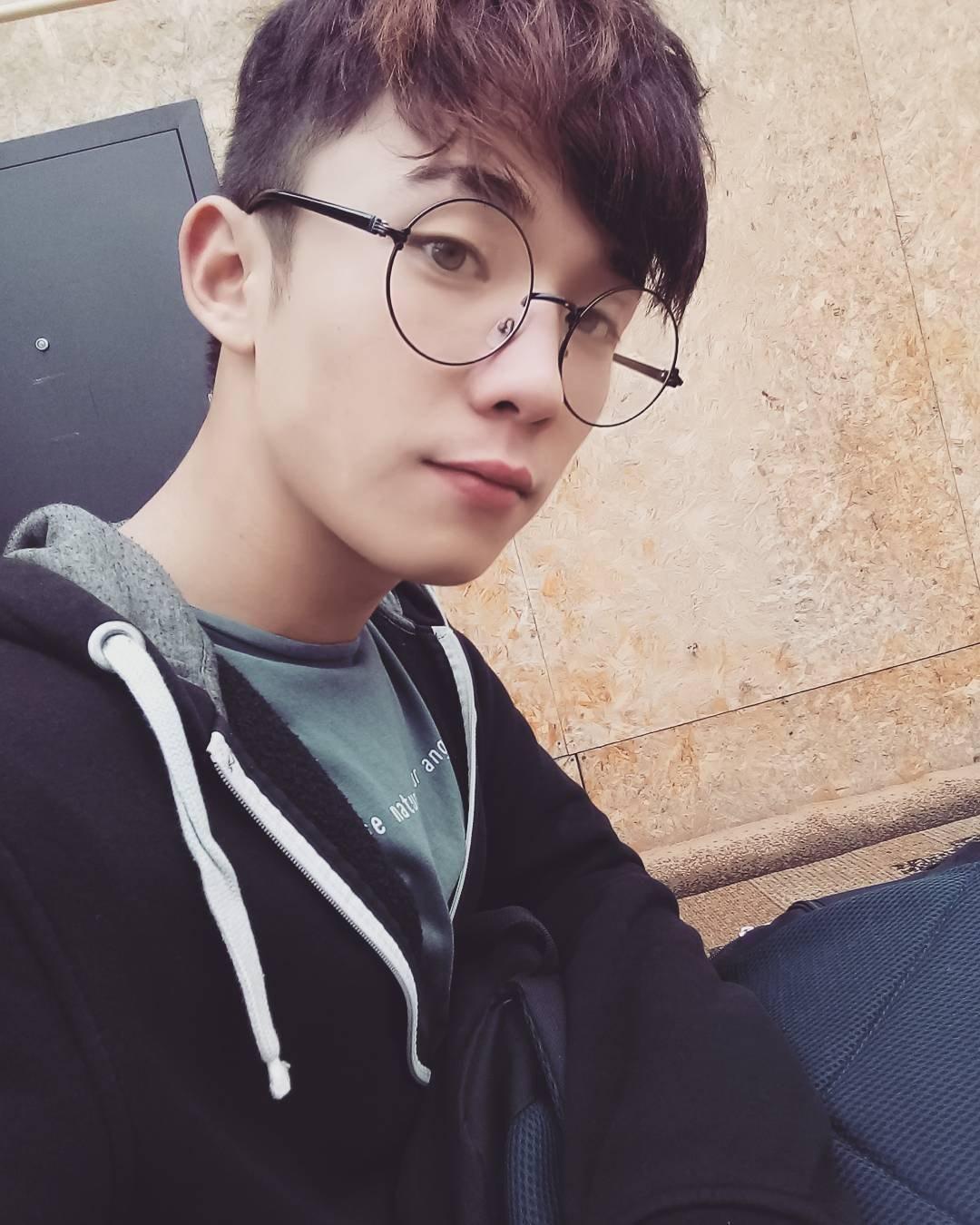 Фото парней в очках (23 фото) - Влад, 21 год, Тюмень