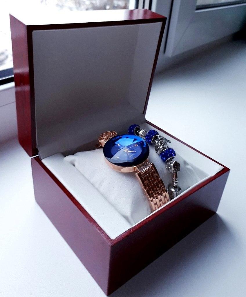 Часы Baosaili и браслет Pandora в подарок в Бийске
