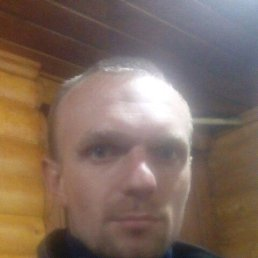 Игорь, 29 лет, Новоград-Волынский