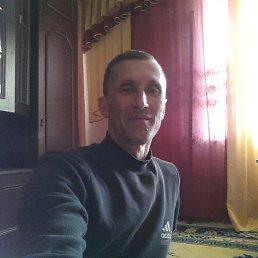 Олег, 47 лет, Чернигов