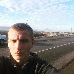 Анатолий, 29 лет, Краснодар