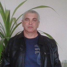 Виктор, 53 года, Каневская