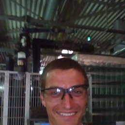 Сергій, 32 года, Радомышль