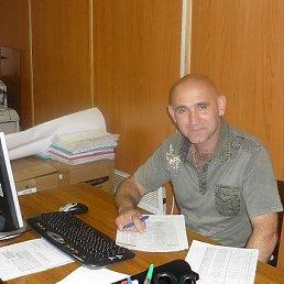 Вадим, 55 лет, Курск