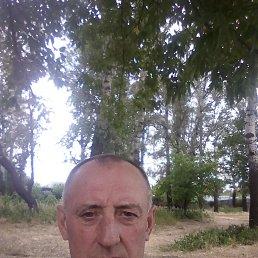 Олег, 47 лет, Киев