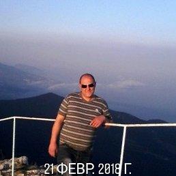Александр, 37 лет, Кировск