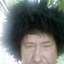 Леонид, 53 года, Старотитаровская