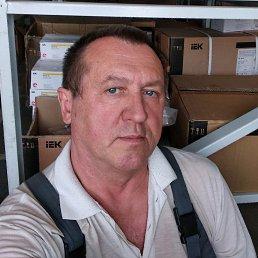Анатолий, 59 лет, Бровары