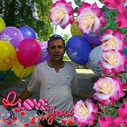 Валентин, 55 лет, Киев