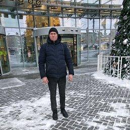 Максим, 32 года, Артемовский