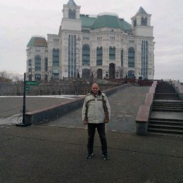 Андрей, 47 лет, Астрахань
