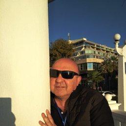 Андрей, 58 лет, Туапсе