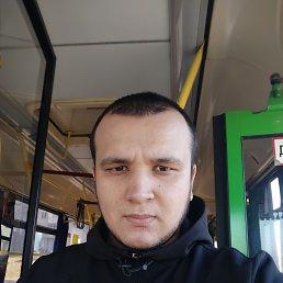 Хожиакбар, 24 года, Красноярск