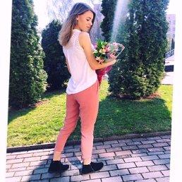 Анютя, 24 года, Ижевск
